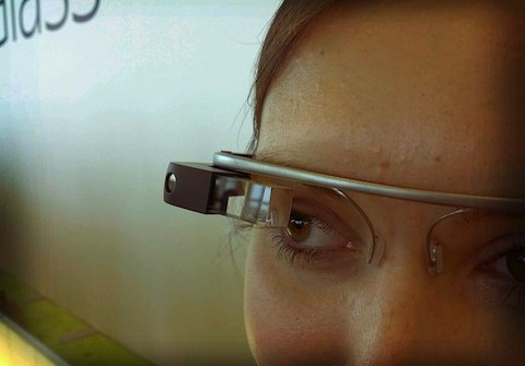 Google_Glass_detail-480x335