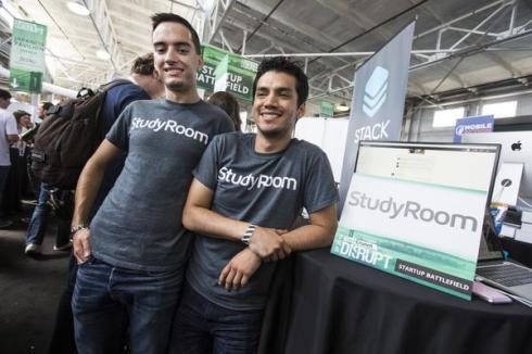 I fondatori di StudyRoom al Tech Crunch Disrupt Hackathon di San Francisco